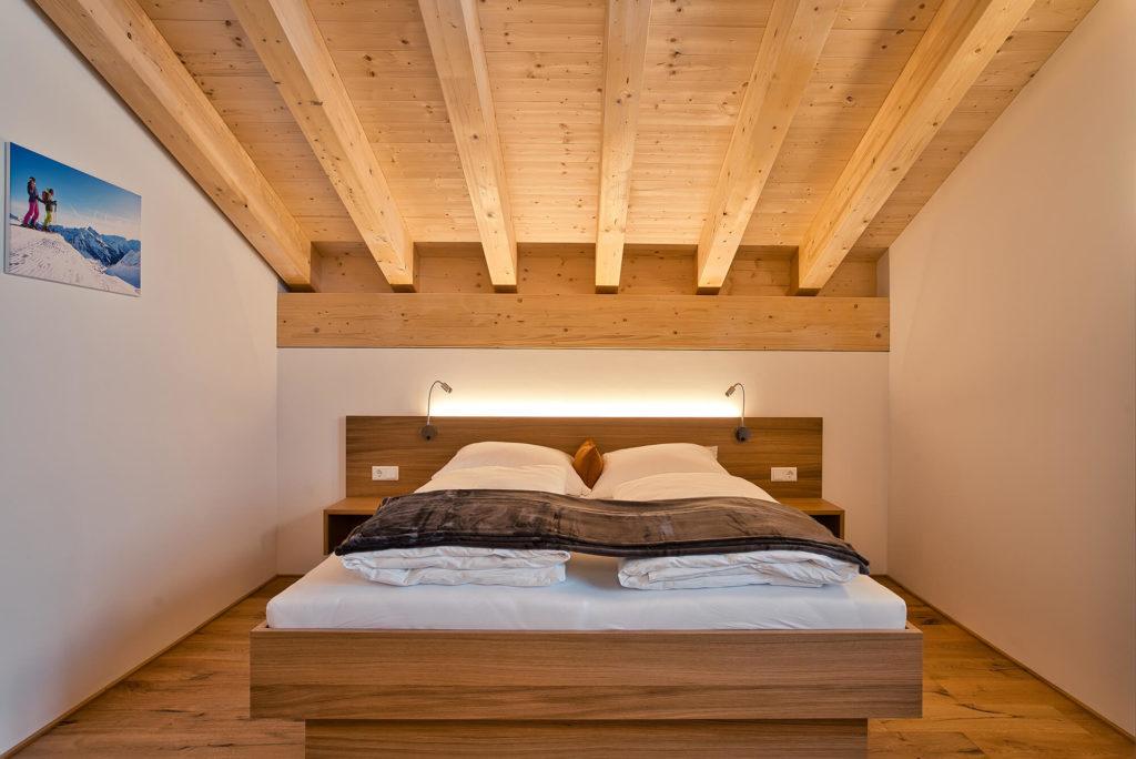 tischlerei vorarlberg, tischler helmut walter thüringen, ferienwohnung einrichtung, schlafzimmer